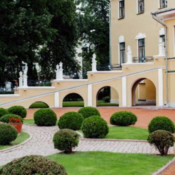 Губернаторский сад Ярославского художественного музея