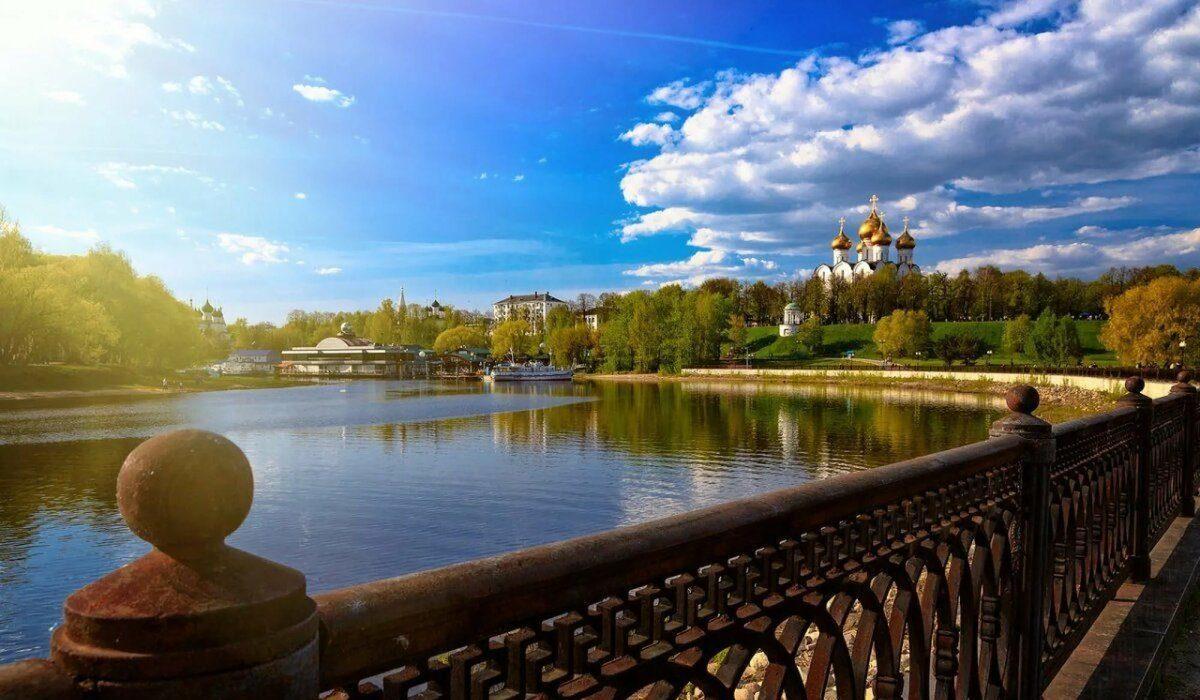 Сборная пешеходная экскурсия «Ярославль 1000-ликий»