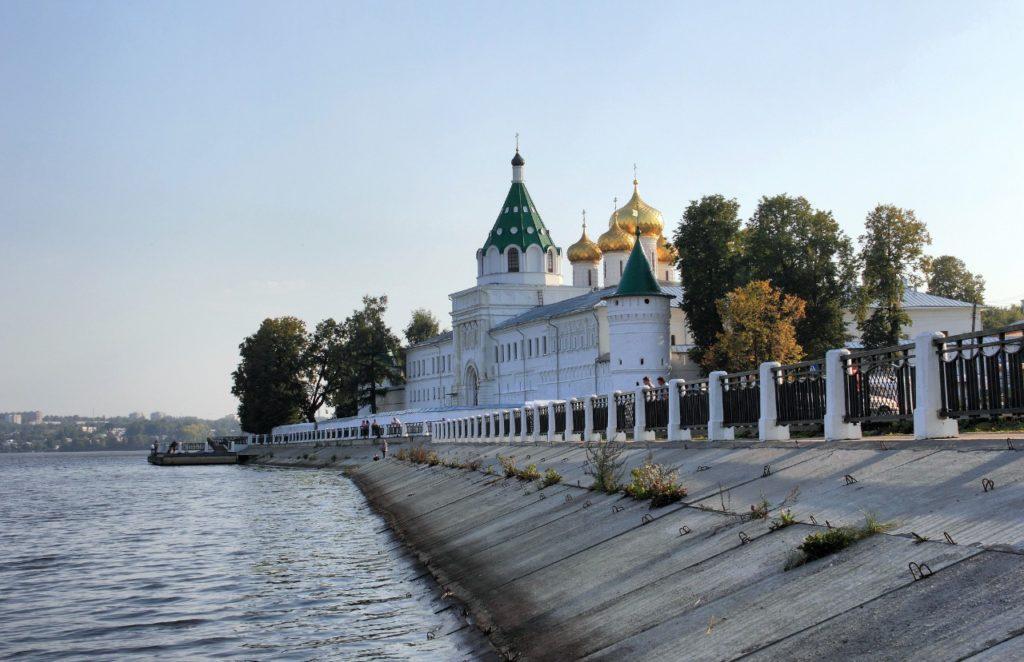 Золотое кольцо России. Список городов и главные достопримечательности